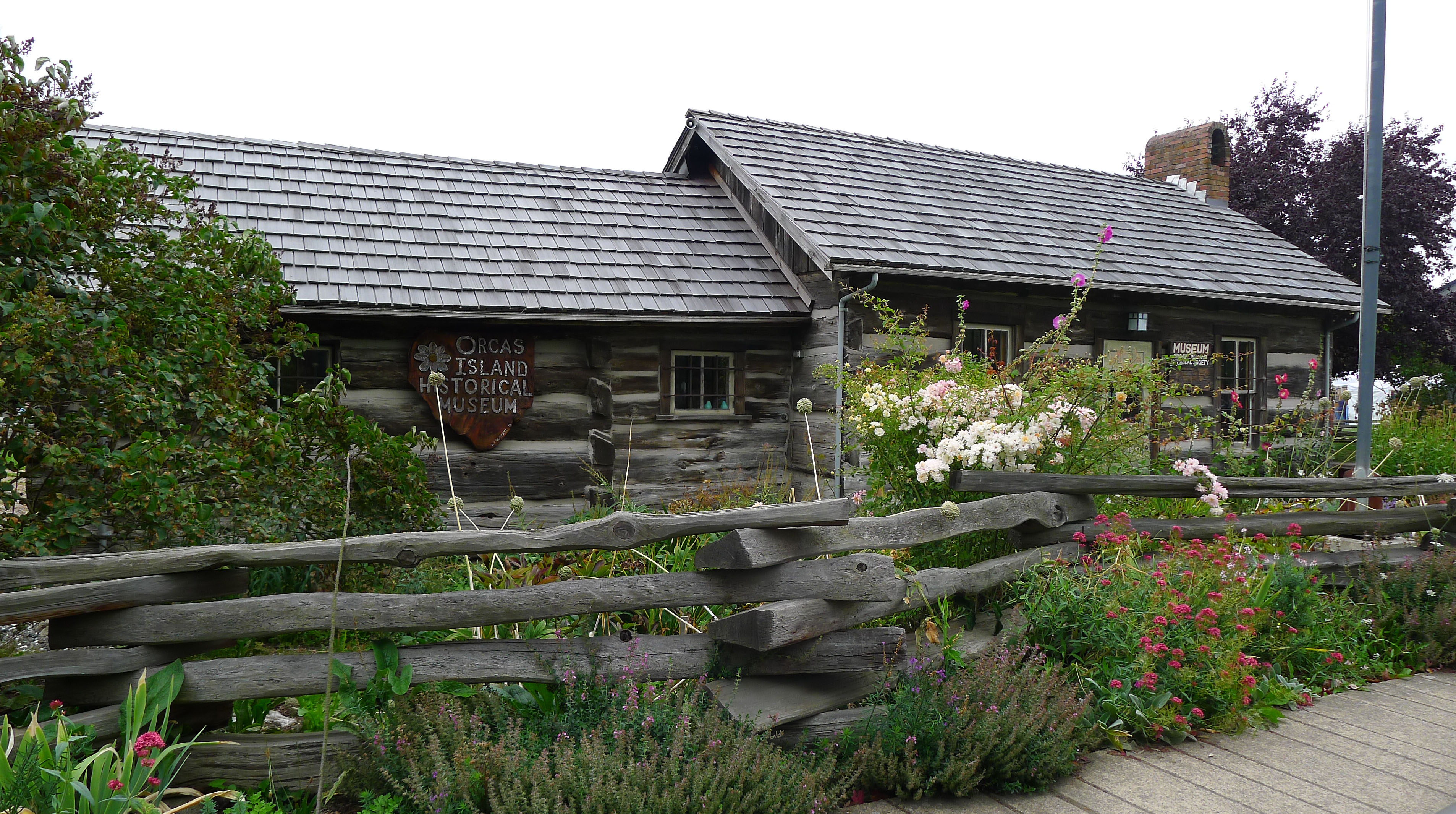 eastsound personals Buckhorn farm bungalow is located on a ten-acre farm near the north shore of orcas island this family vacation cottage enjoys a wonderful country-farm atmosphere but is only 5 minutes away.